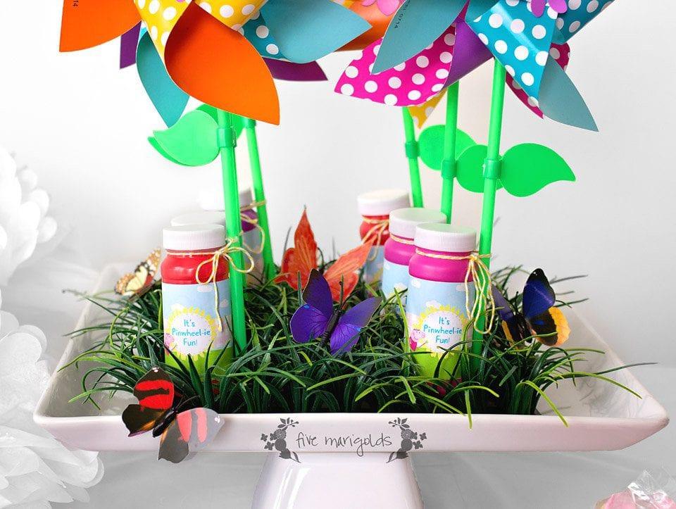 It's Pinwheelie Fun Birthday Favors + Peppa Pig Free Printables | Five Marigolds