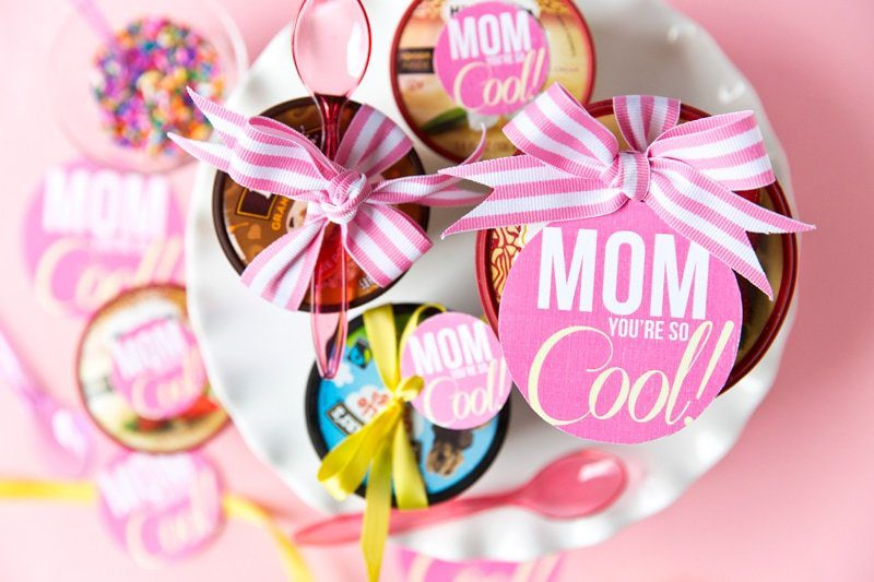 Top 20 best DIY Mother's Day gifts on a budget - Mom is Cool Ice Cream Gift Tags