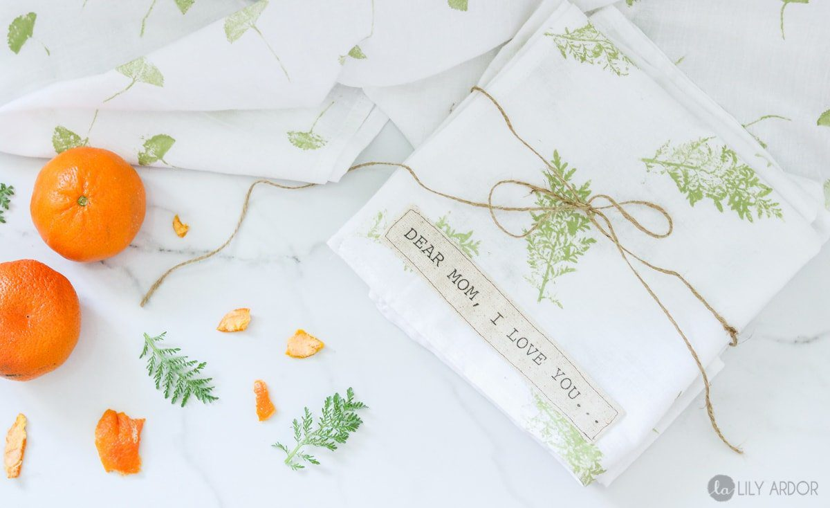 Top 20 best DIY Mother's Day gifts on a budget - leaf print hand towels.