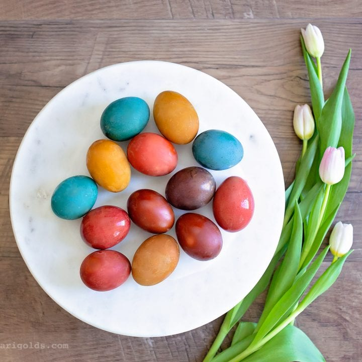 How to Naturally Dye Brown Easter Eggs